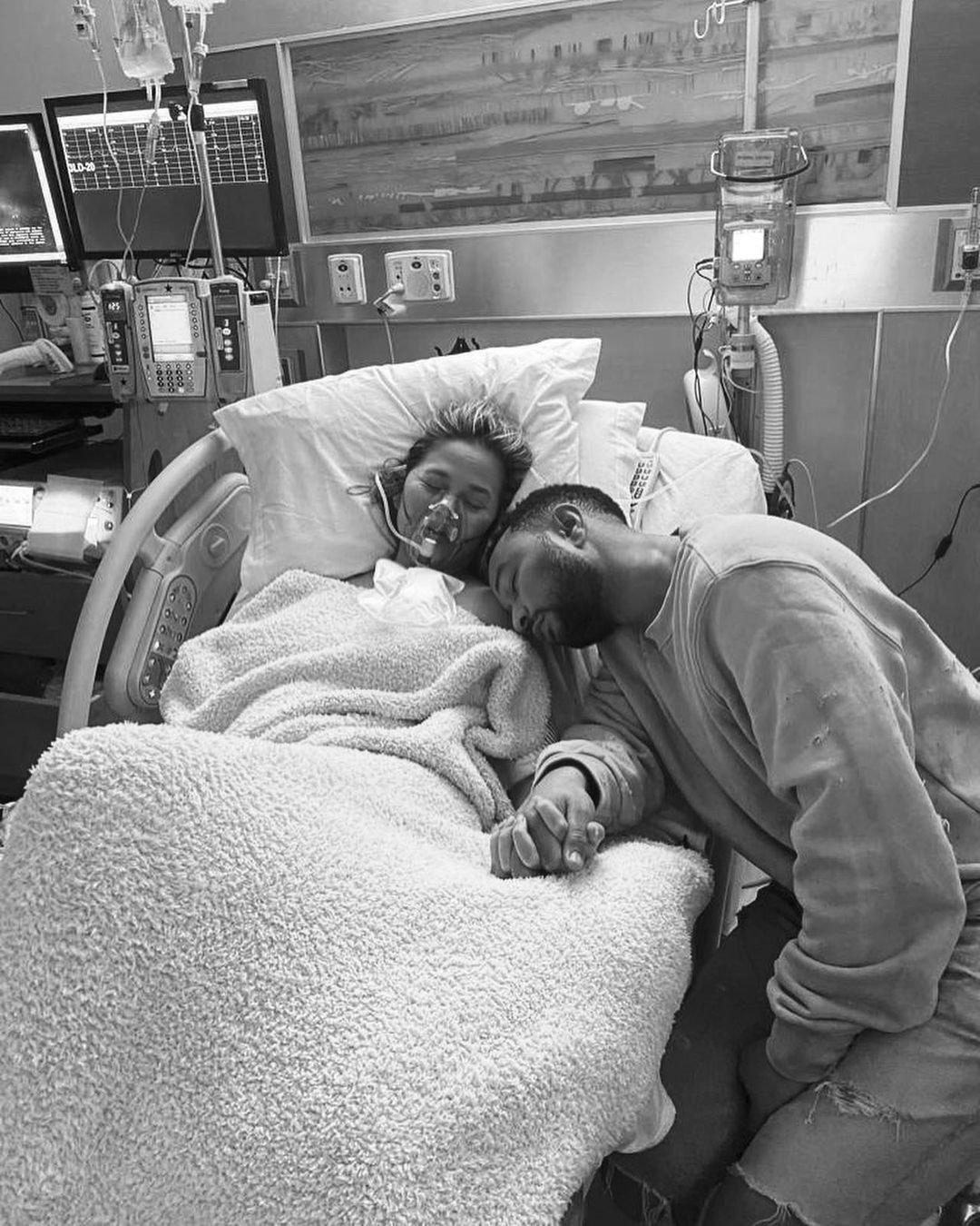 Chrissy Teigen, John Legend, pregnancy loss