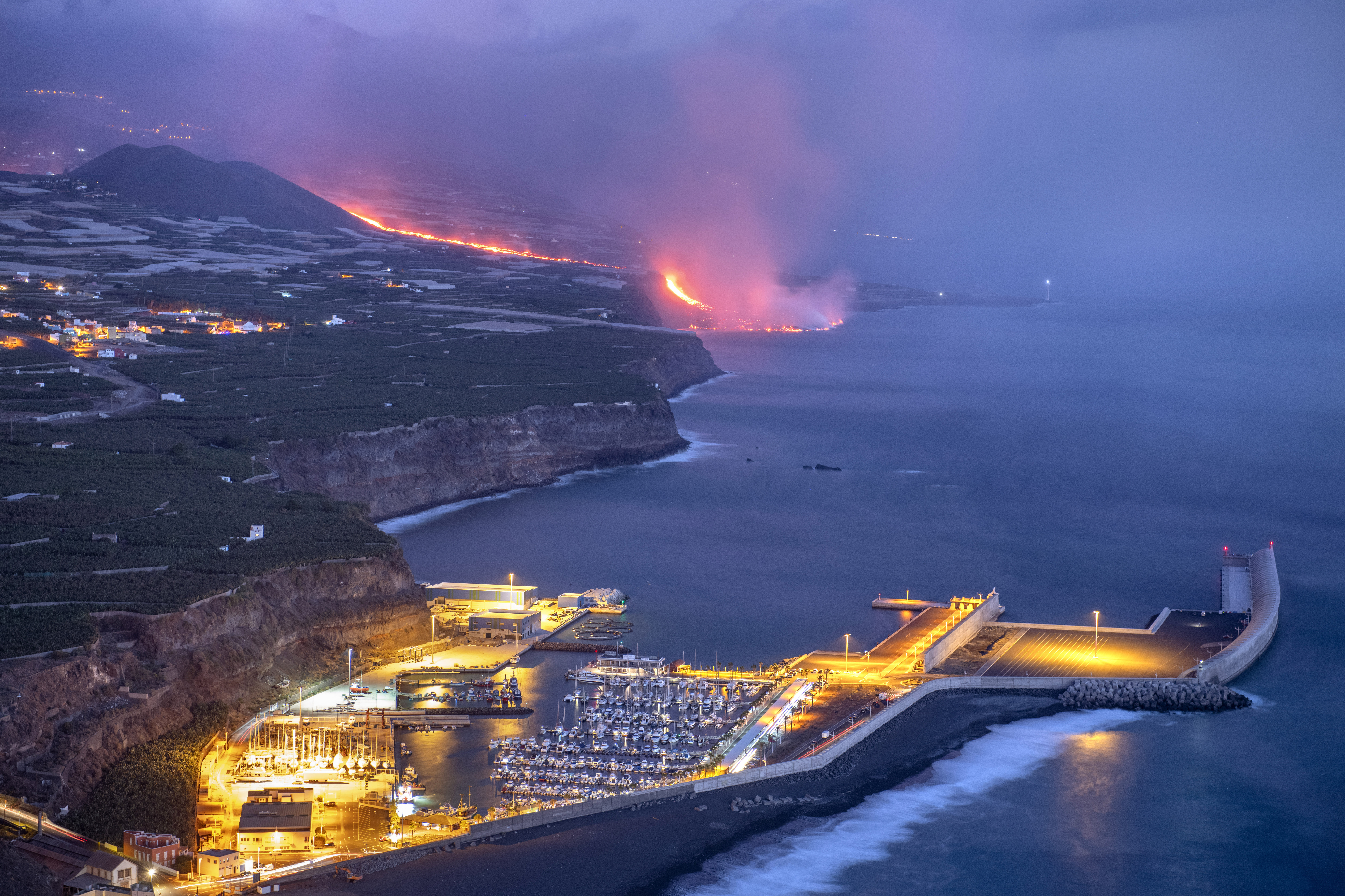 A volcano on Spains Canary Islands wiped out hundreds of homes and forcing the evacuation of thousands of residents.