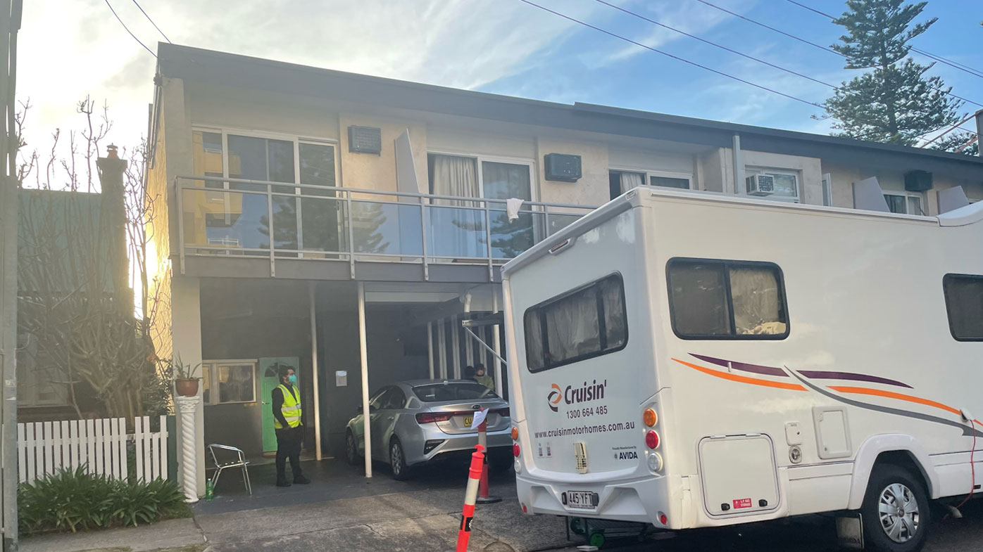 Manly hotel and apartment block in lockdown due to COVID-19 outbreak