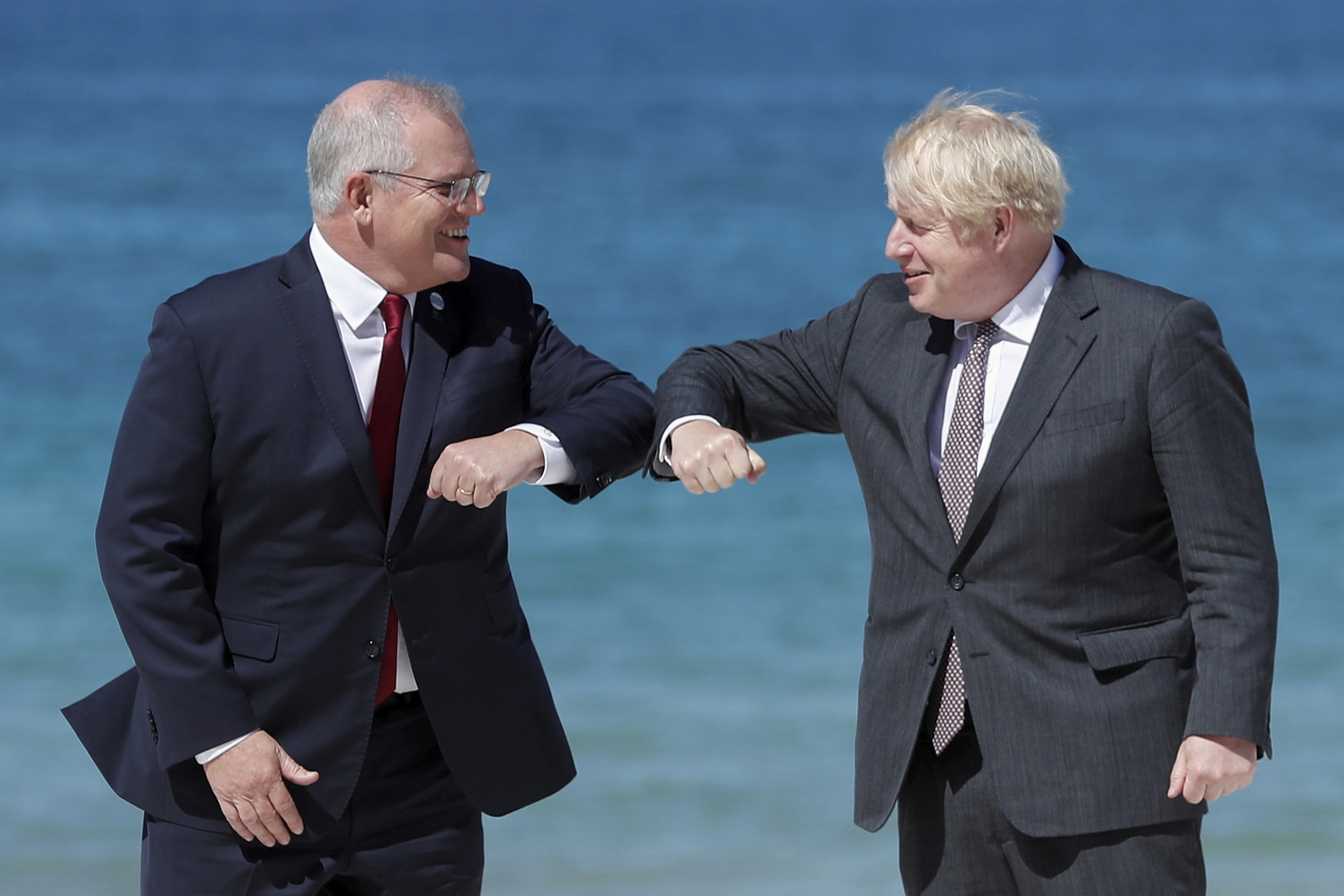 Australia strikes free trade deal with UK