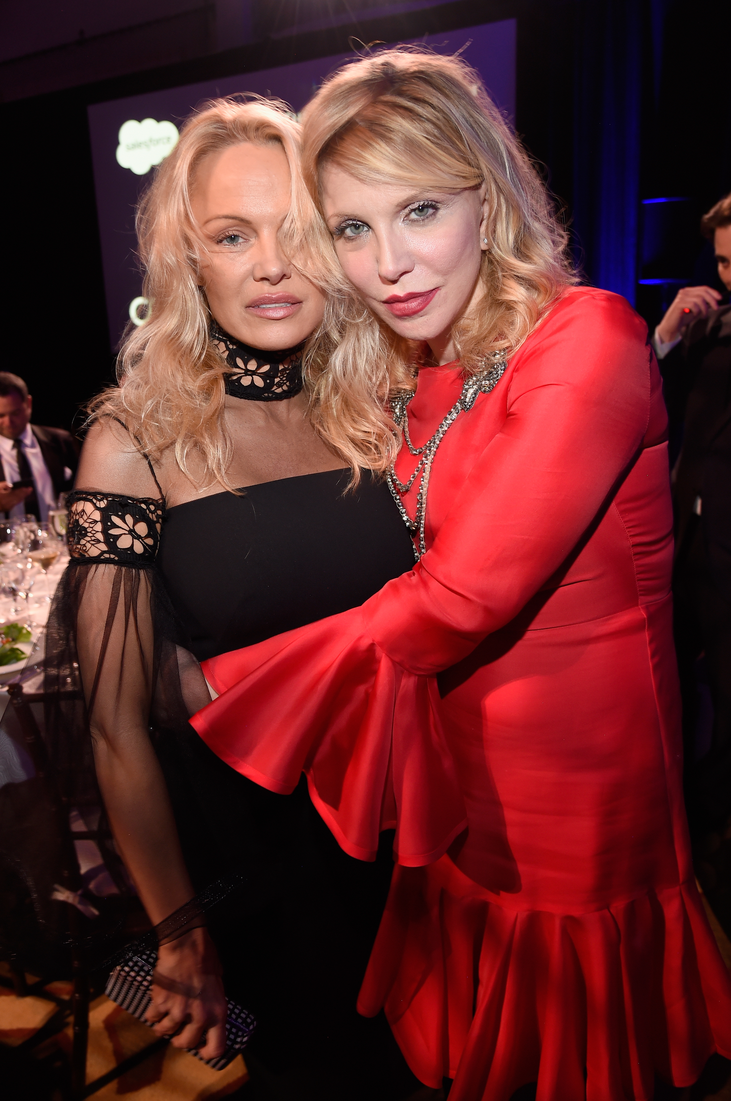 Pamela Anderson and Courtney Love attend the 6th Annual Sean Penn & Friends HAITI RISING Gala Benefiting J/P Haitian Relief Organizationat Montage Hotel on January 7, 2017 in Beverly Hills, California.