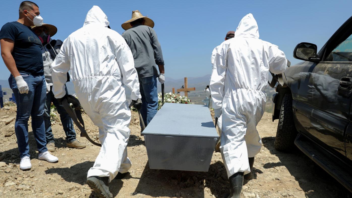 Global virus deaths pass 300,000