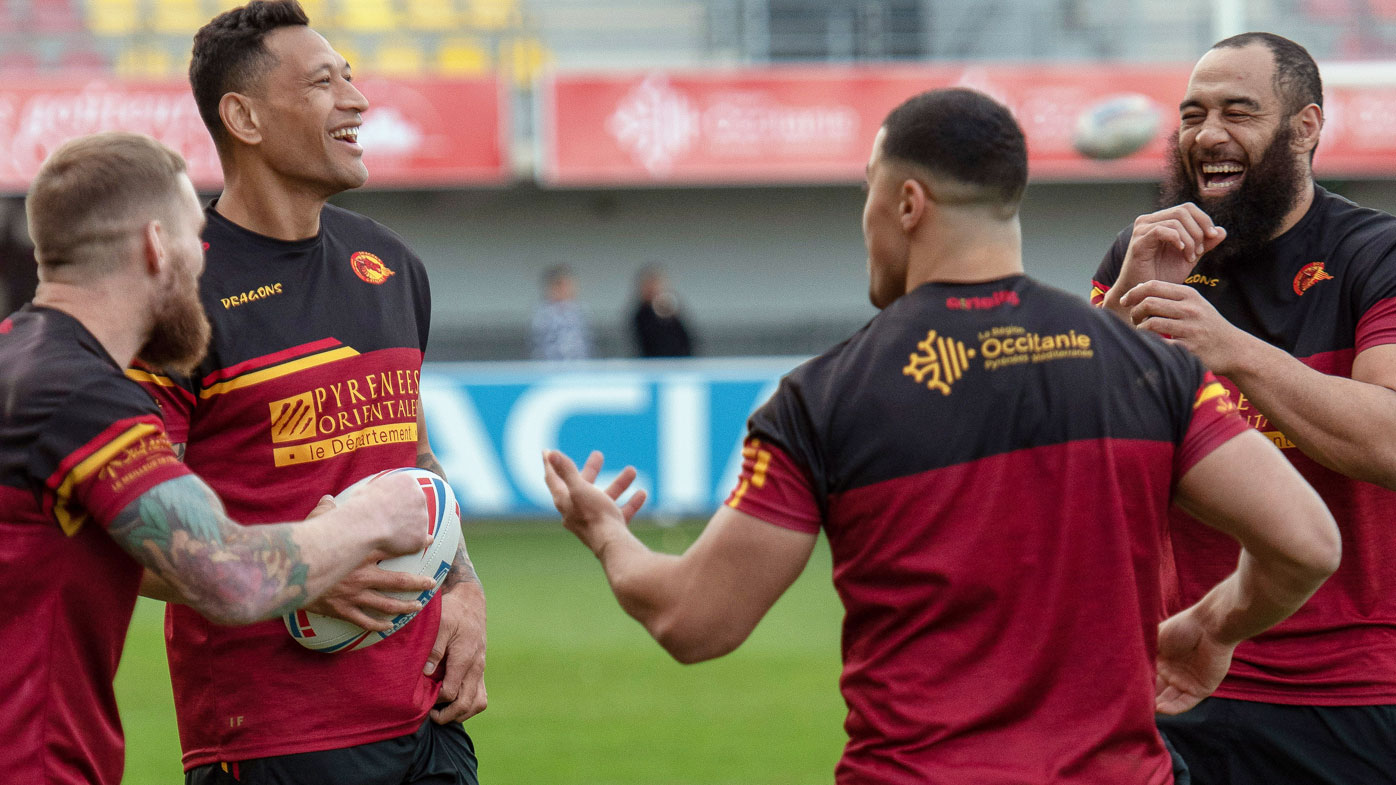 Israel Folau scores debut try as Catalans beat Castleford