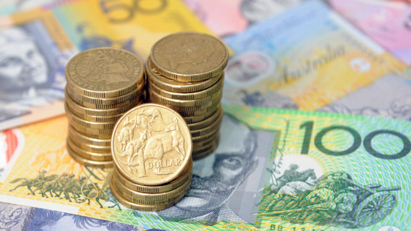 People 'panic withdraw' cash amid coronavirus crisis