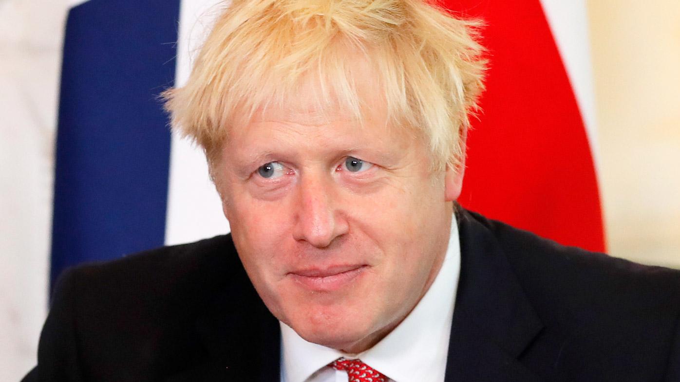 Boris Johnson apologises for missing Brexit deadline