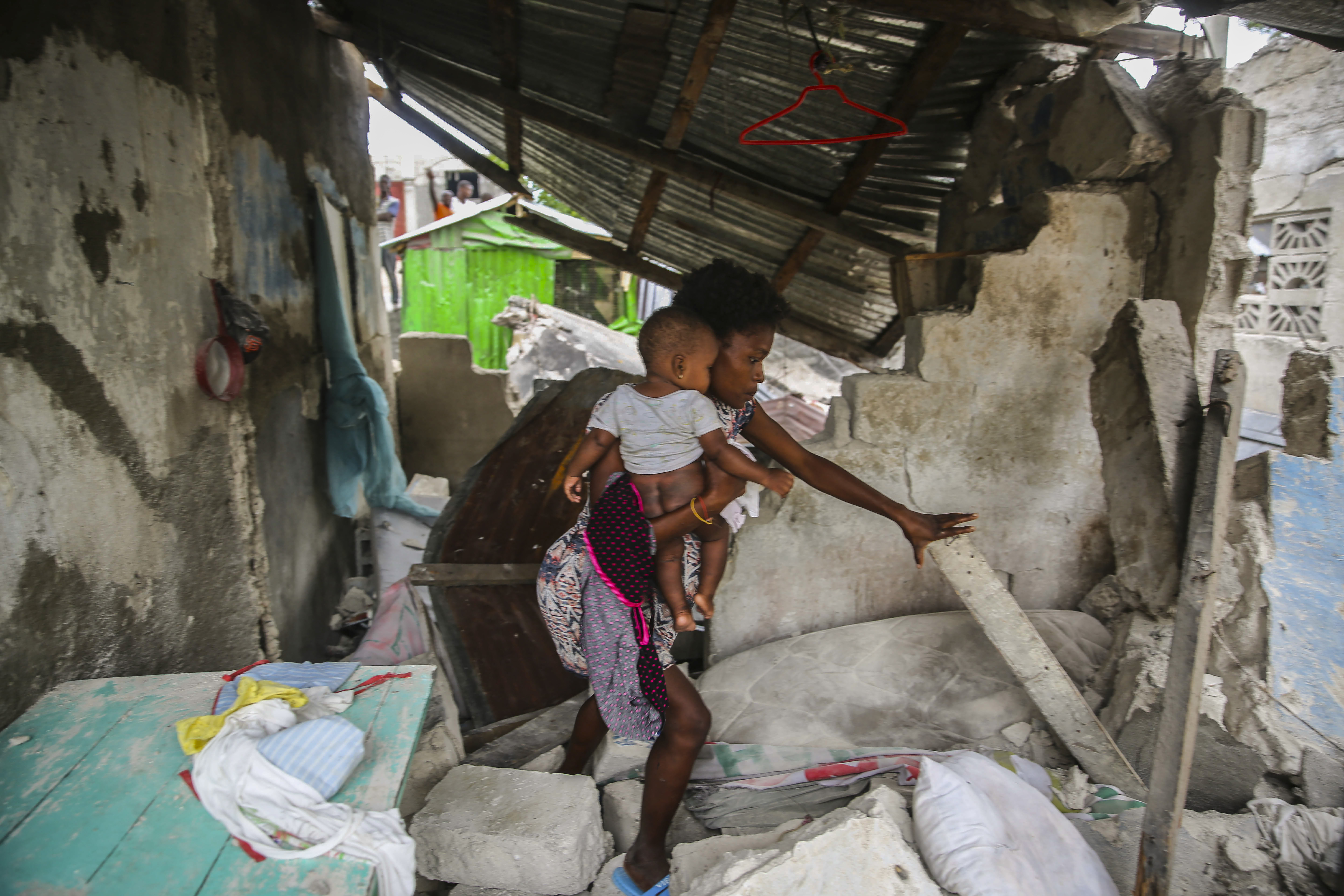 Death toll of powerful earthquake in Haiti soars to 1297