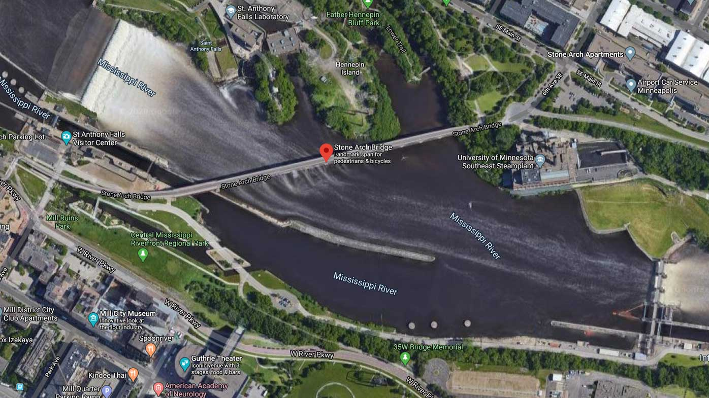 A man tried to walk across the Mississippi after misreading directions from Google Maps.