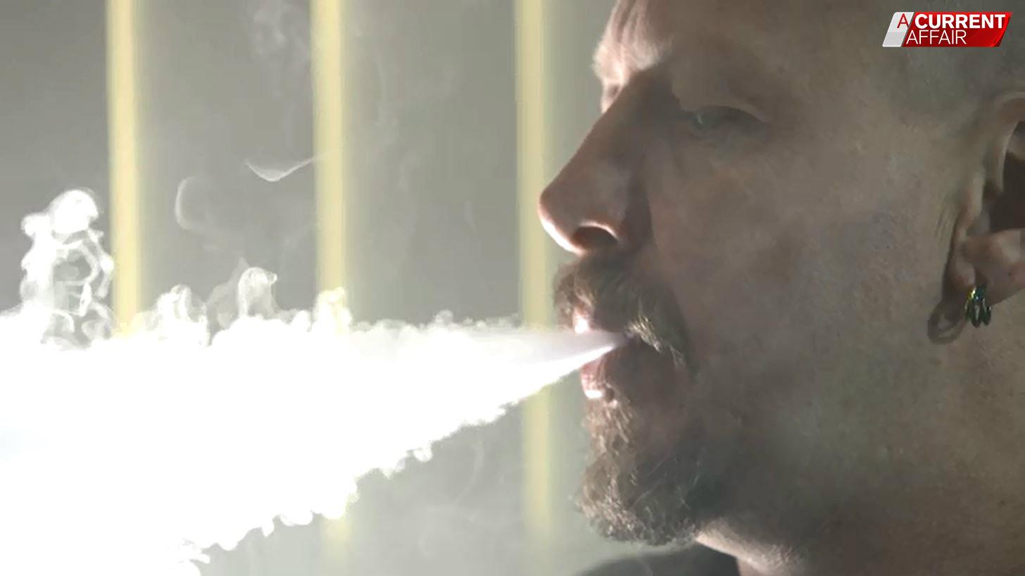 Ex-smoker says vaping 'saved his life'