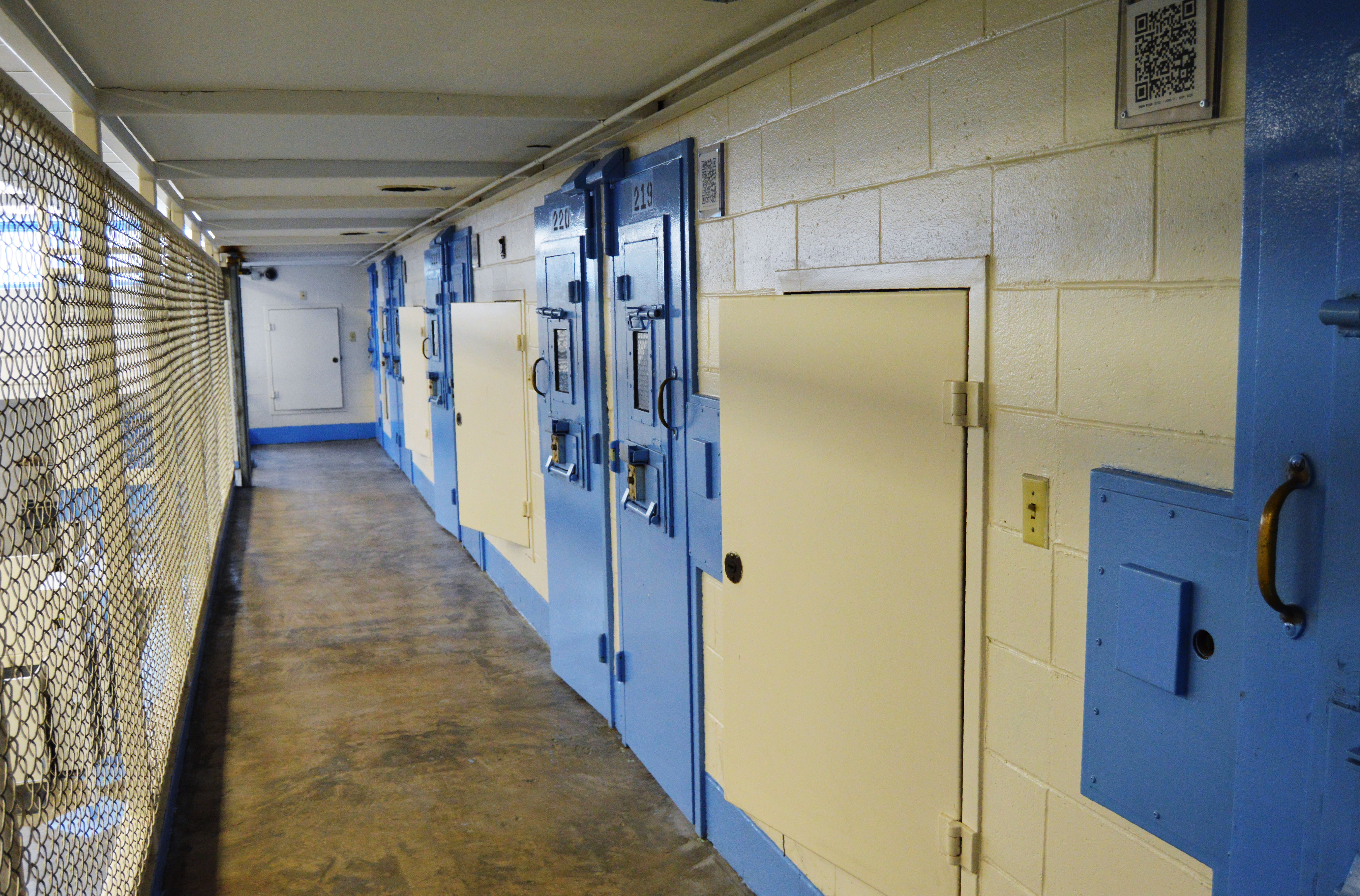 New US law makes death row inmates choose electric chair or firing squad