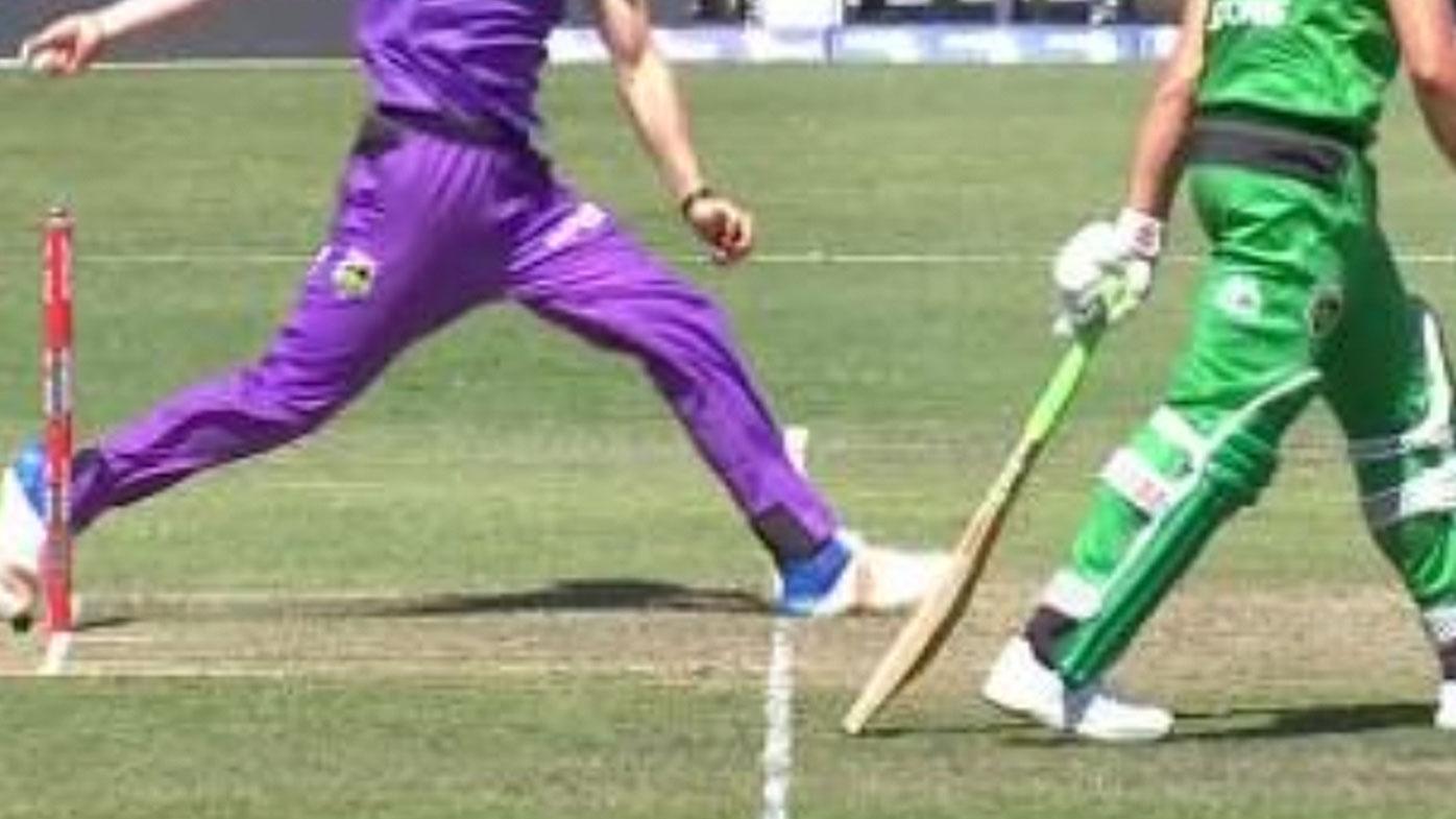 Pakistani bowler Haris Rauf's heartwarming gesture for Indian security guard wins hearts