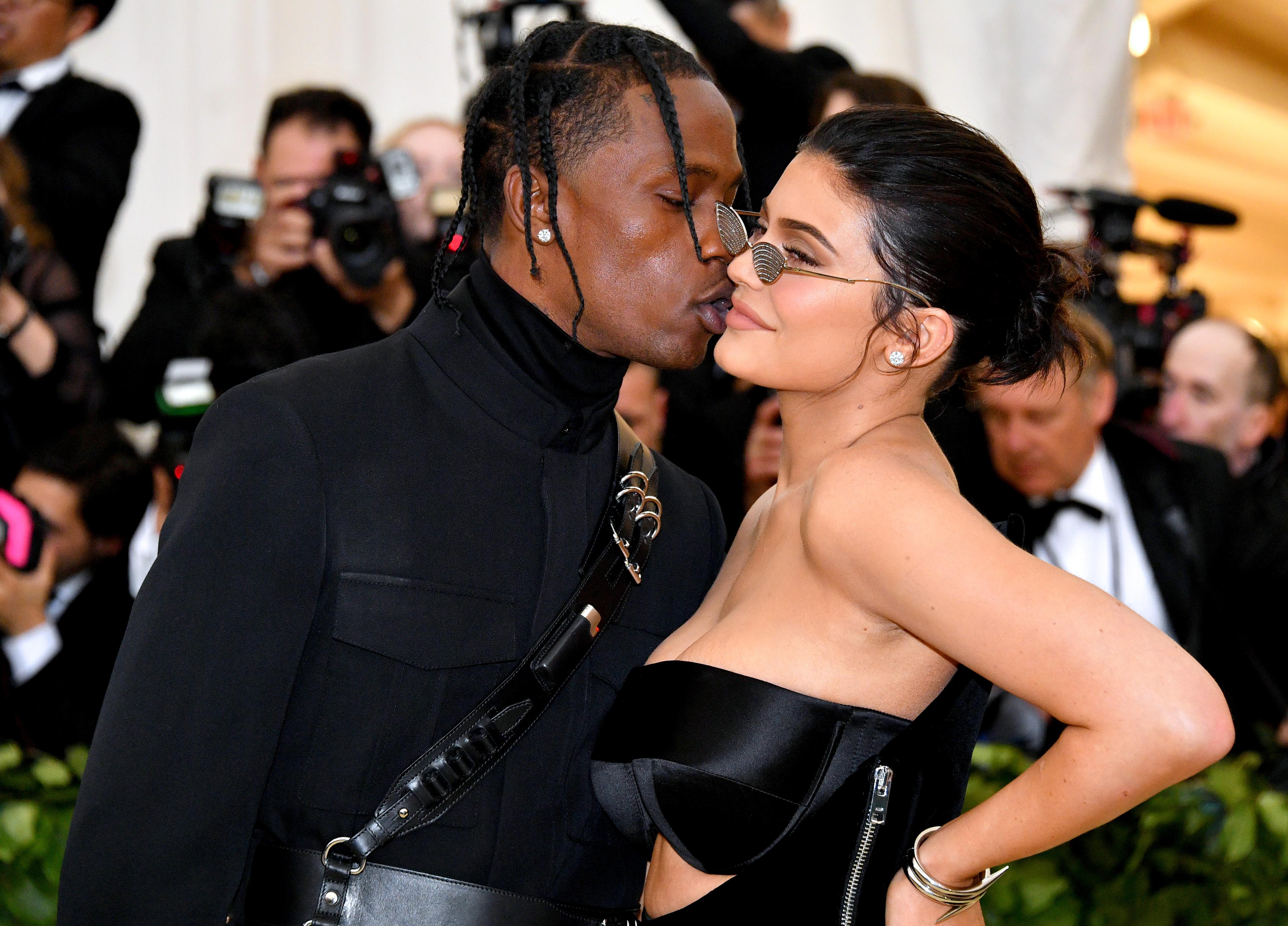 Kylie Jenner, Travis Scott, Met Gala, red carpet, kiss