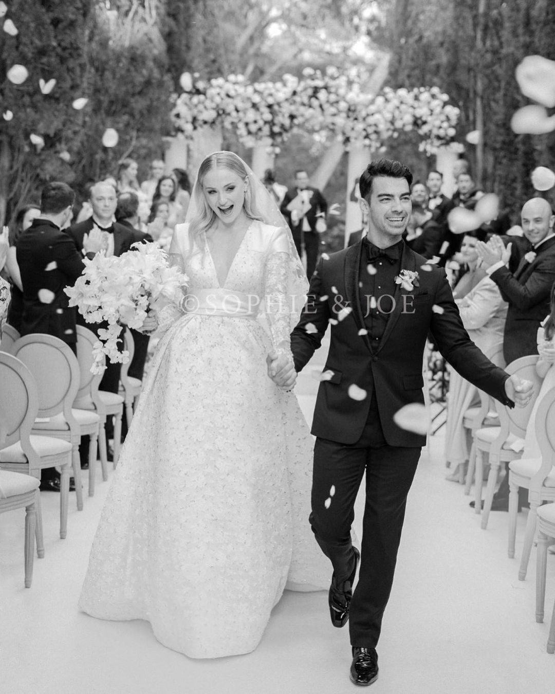 Sophie Turner, Joe Jonas, wedding photo