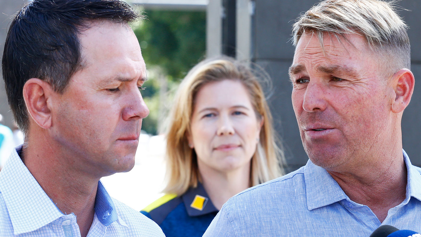 Shane Warne (R) speaks to the media along side Ricky Ponting and Alex Blackwell