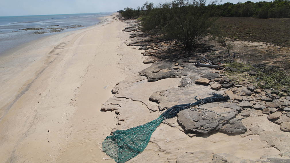 Thousands of fishing nets found abandoned in Australia's biggest gulf