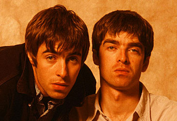 Liam and Noel Gallagher at photoshoot (Getty)