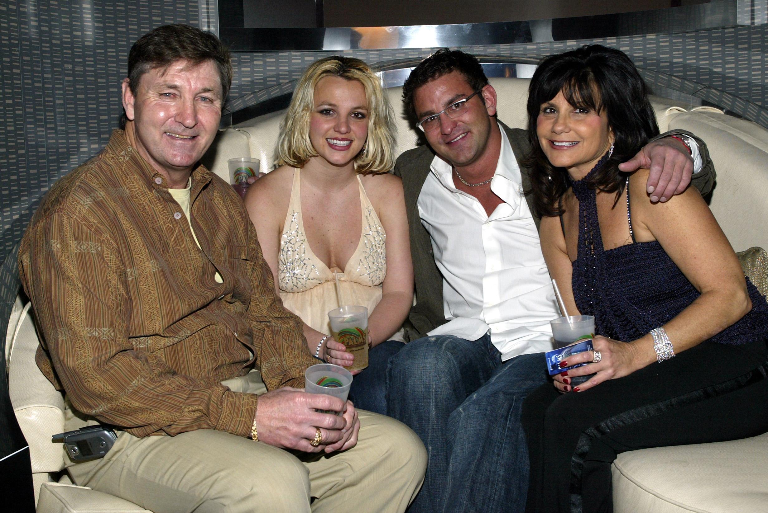 Jamie Spears, Britney Spears, Bryan Spears and Lynne Spears