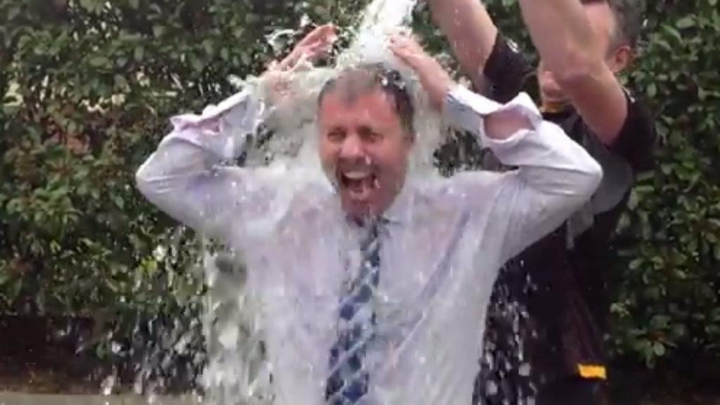 Victorian MP Josh Frydenberg completes the ice bucket challenge. (YouTube)