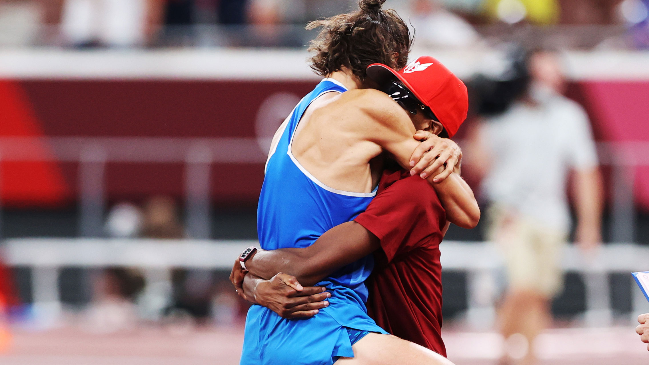 Shared gold medals in high jump response, Mutaz Essa Barshim and Gianmarco  Tamberi | Algulf