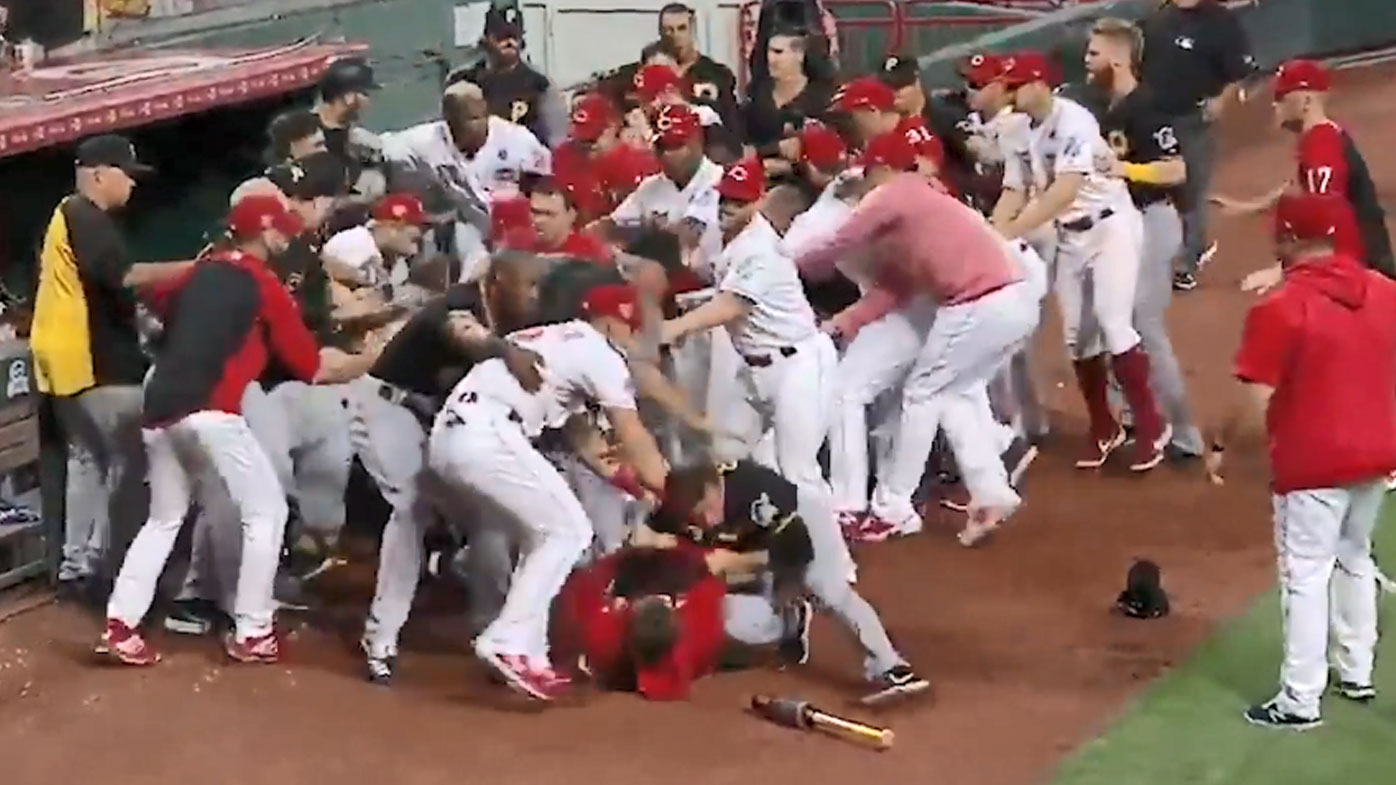 Reds and Pirates players fight in a massive brawl