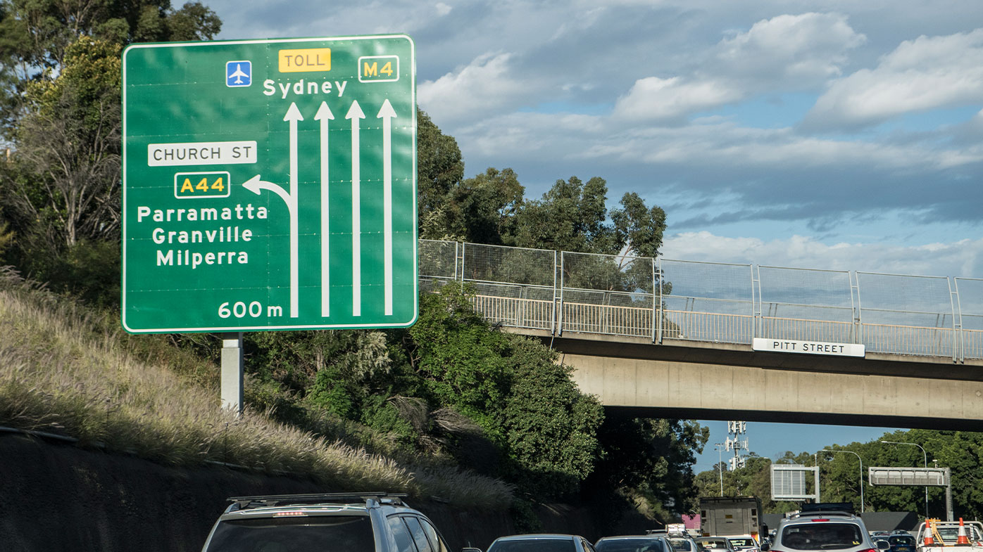 NSW COVID-19 cases jump to 304 as three more deaths recorded