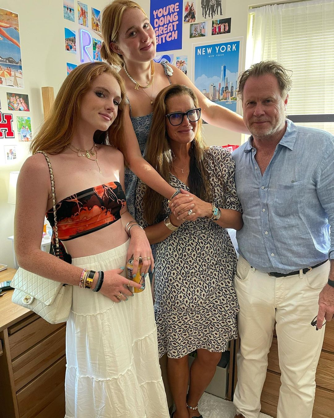Brooke Shields moves eldest daughter into college
