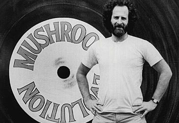 Michael Gudinski with Mushroom sign (Fairfax/Nine)