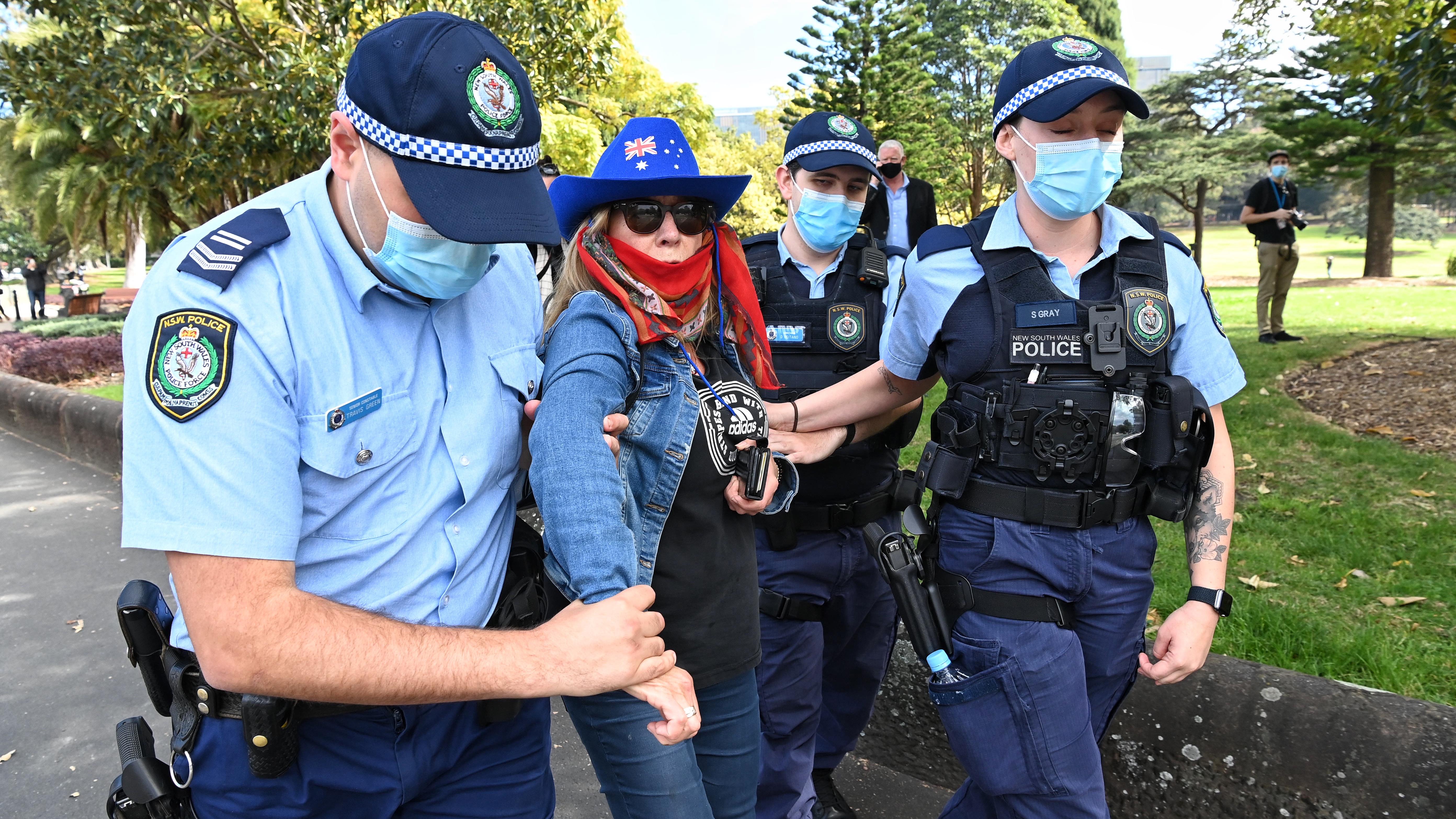 Police arrest Anti lockdown protesters at Victoria Park, Sydney.