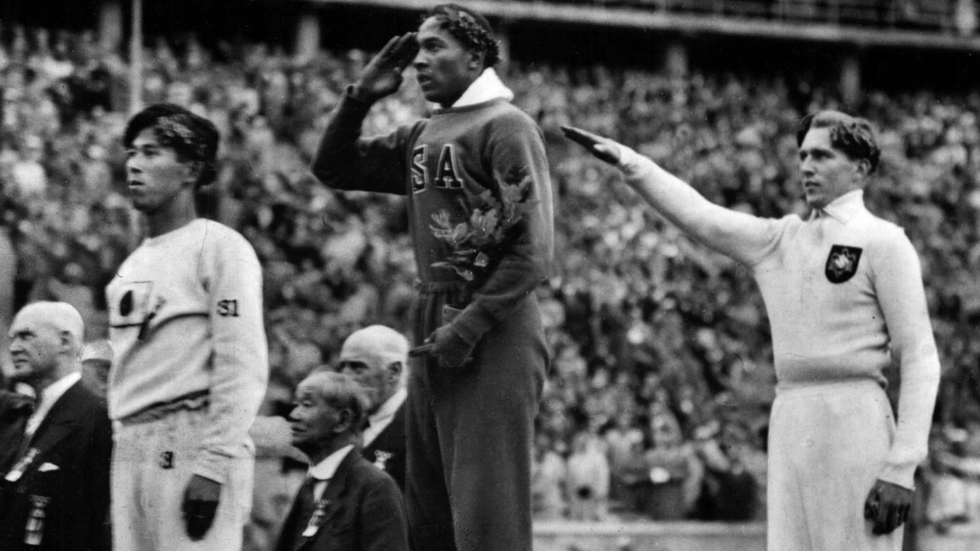 Jesse Owens vs Adolf Hitler, Berlin 1936 Olympics | The German who helped  humiliate the Fuhrer