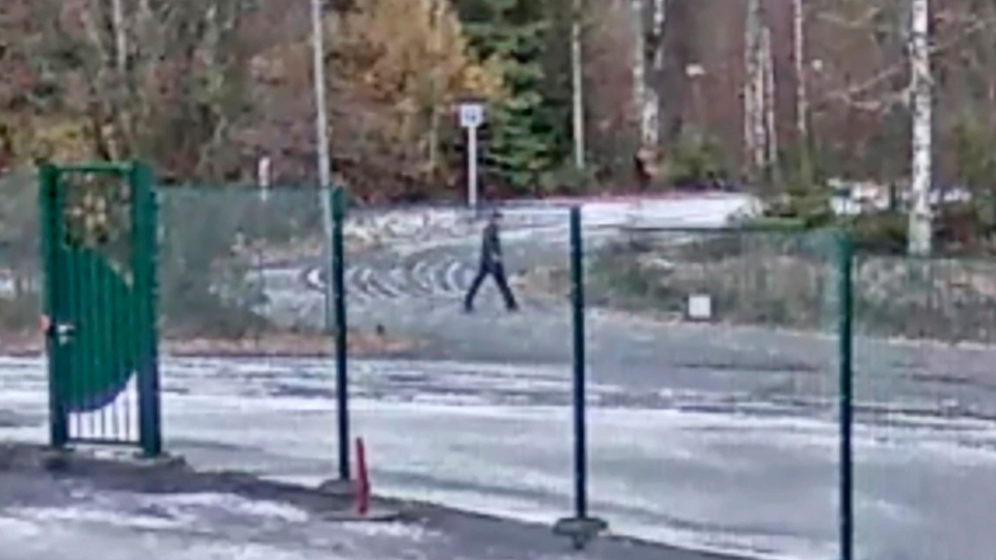 Grab taken from video distributed by the Norwegian police in 2019 shows a pedestrian which the police wants to talk to. The CCTV was filmed outside Tom Hagen's workplace.