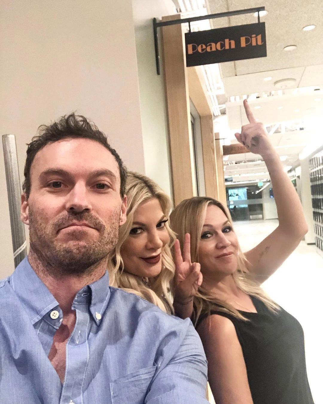 Tori Spelling, Brian Austin Green, Jennie Garth, Beverly Hills 90210, Instagram photo