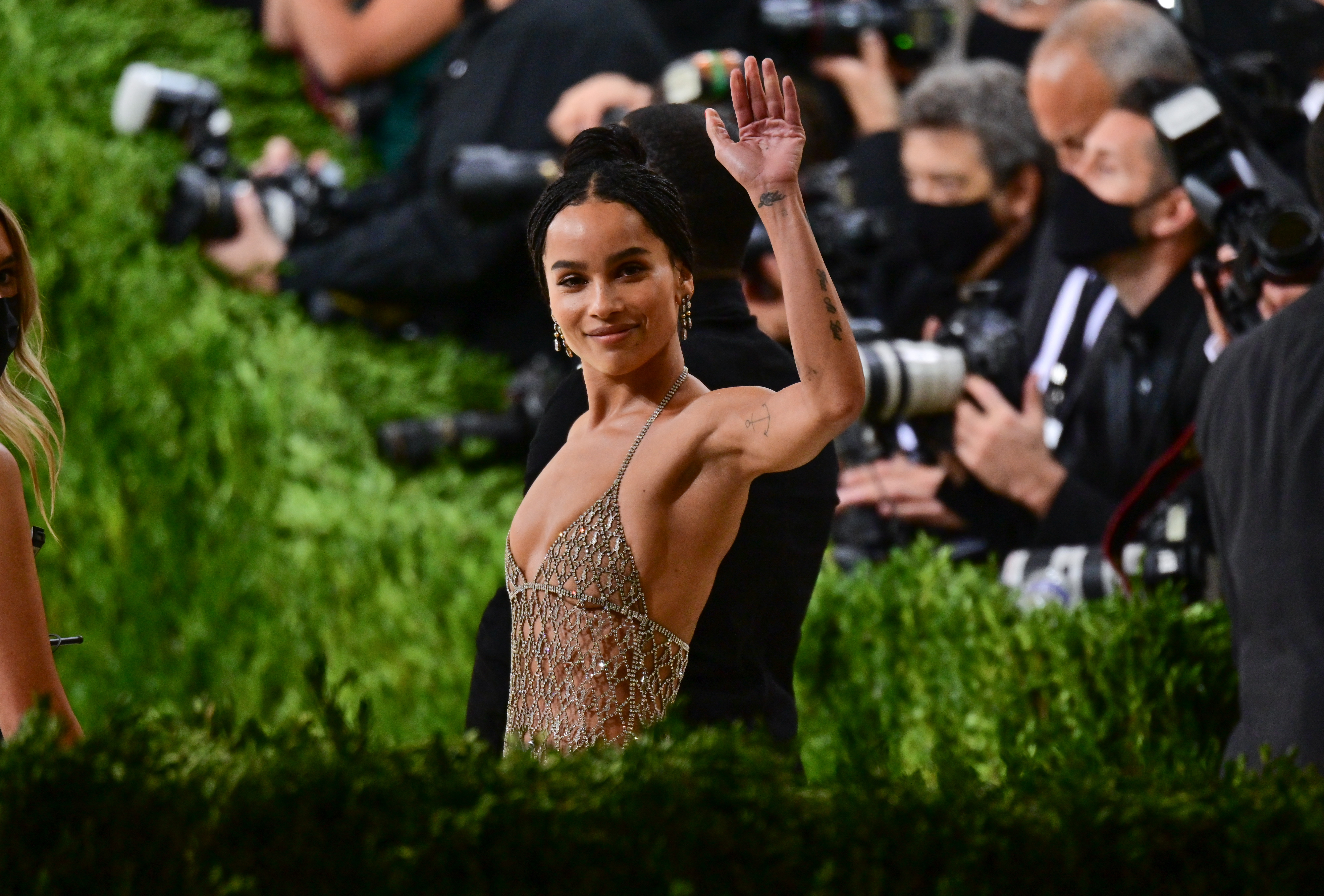Zoë Kravitz arrives to the 2021 Met Gala Celebrating In America: A Lexicon Of Fashion at Metropolitan Museum of Art on September 13, 2021 in New York City.