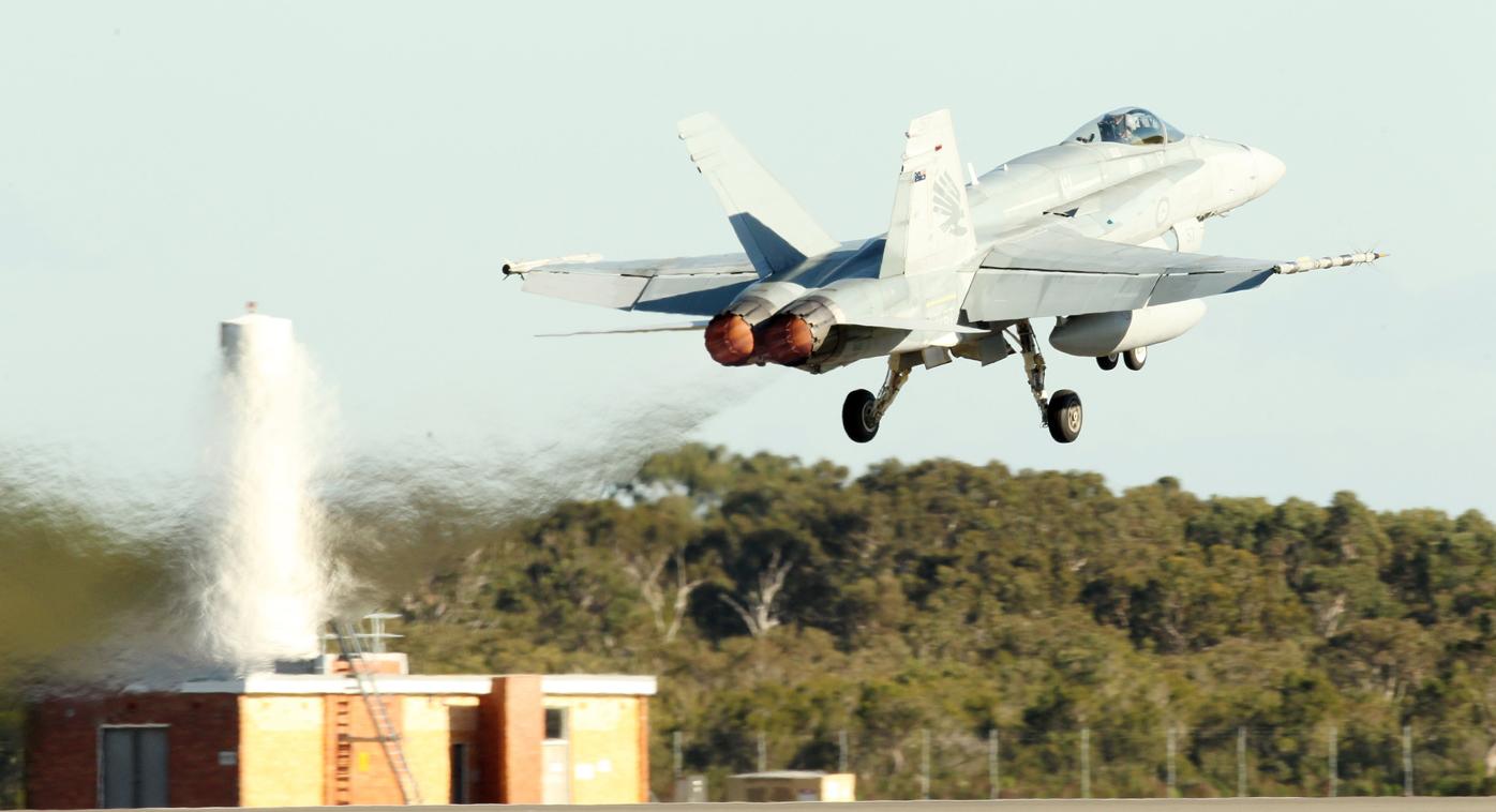 Australia's classic Hornet jet fighters undergo last service