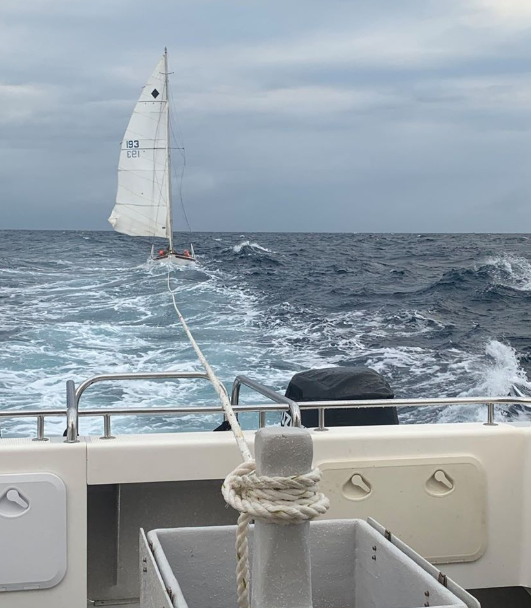 Search for missing sailor off Queensland coast