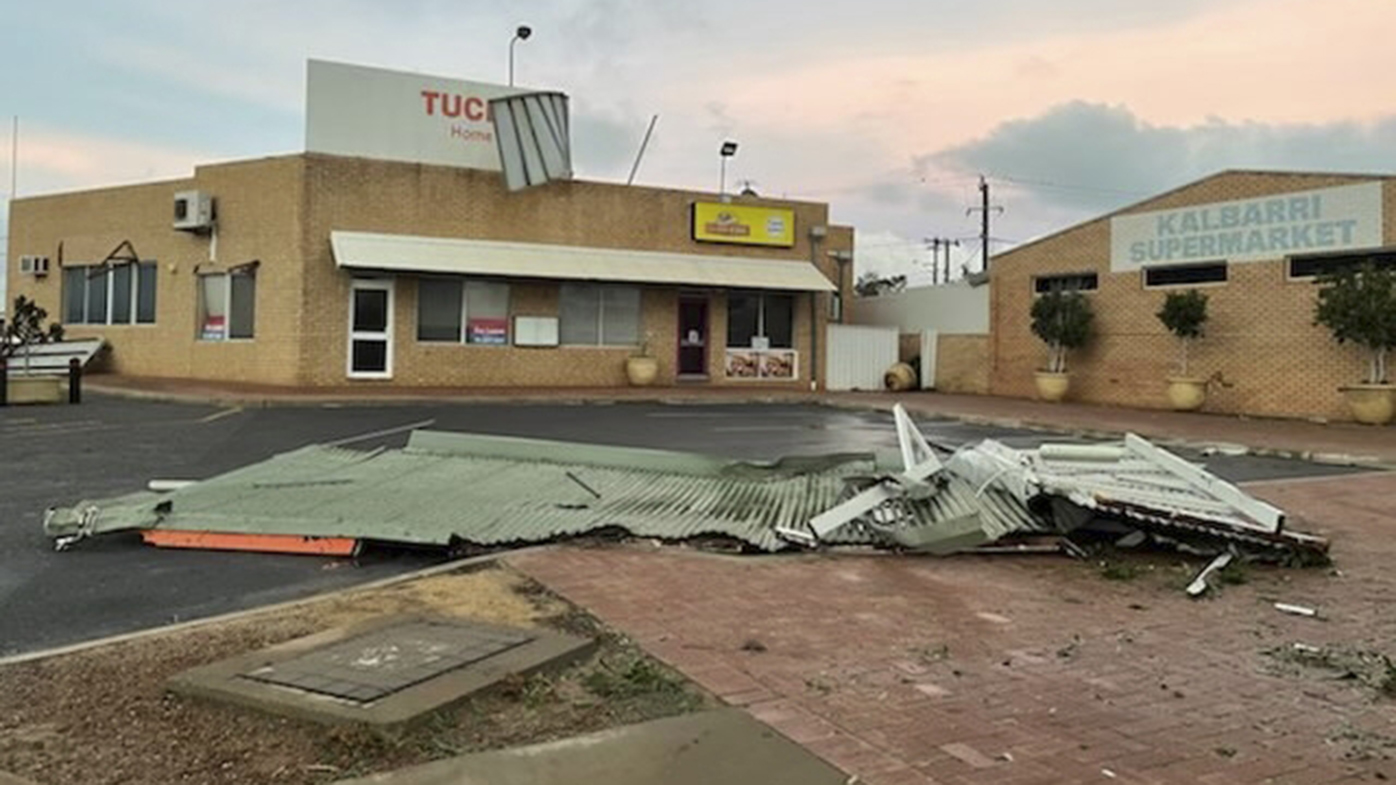 A roof lies on the road in Kalbarri.