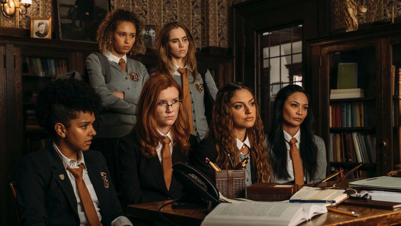 Suki Waterhouse leads an all-female cast in Seance.
