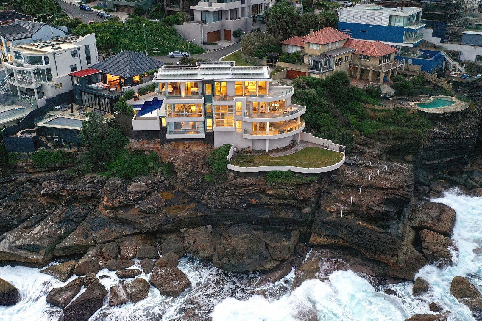 Clifftop Sydney mansion set to smash price records