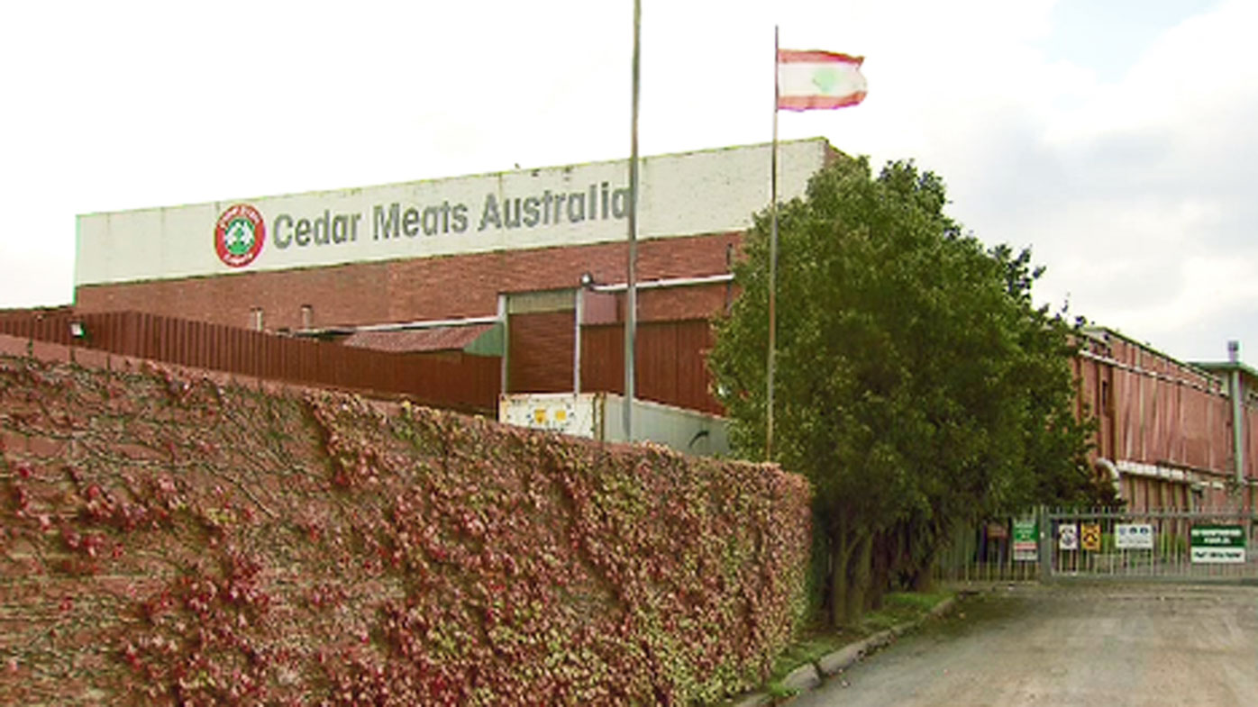 Hospital staffer contracts COVID-19 after exposure to meat plant worker